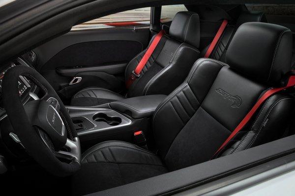 2019 Dodge Challenger SRT Hellcat Redeye Widebody Interior