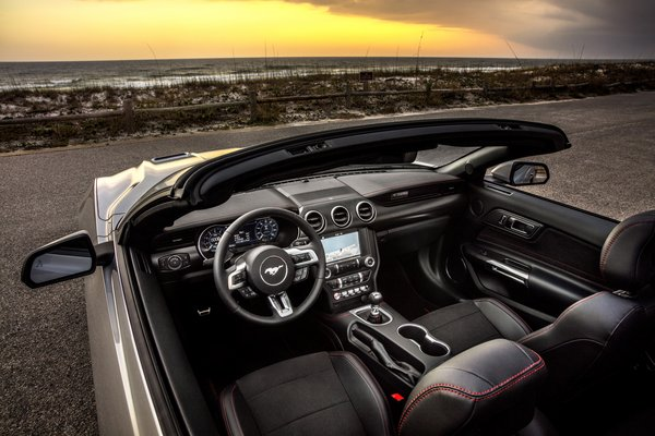 2019 Ford Mustang California Special convertible Interior