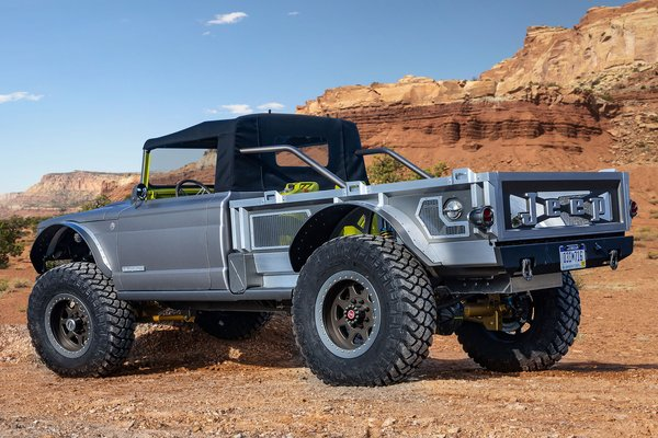 2019 Jeep Five-Quarter
