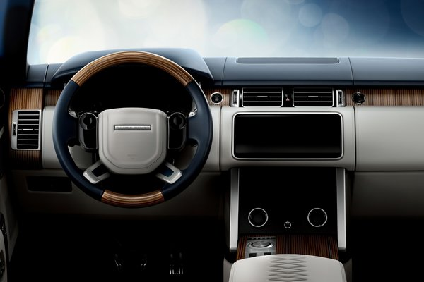 2019 Land Rover Range Rover SV Coupe Instrumentation