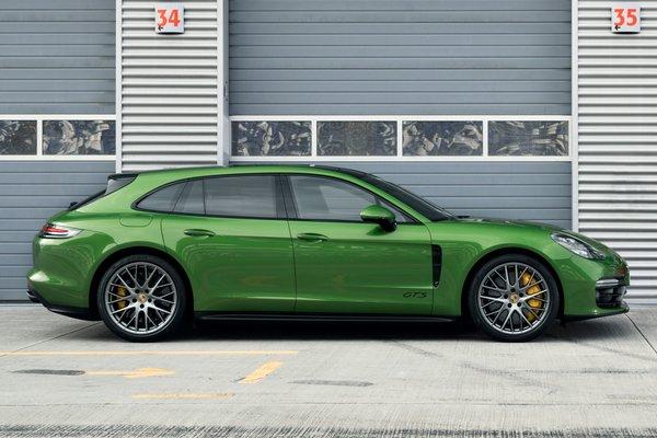 2019 Porsche Panamera Sport Turismo GTS