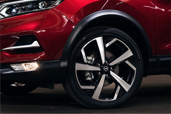 2020 Nissan Rogue Sport Wheel