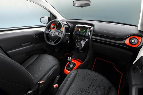 2019 Toyota Aygo x-style Interior