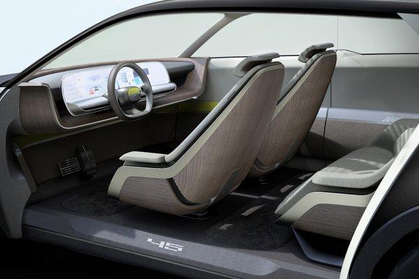 2019 Hyundai 45 Interior