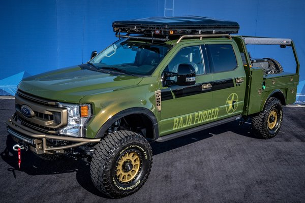 2019 Ford F-250 Super Duty Crew Cab by LGE-CTS Motorsports Baja Forged