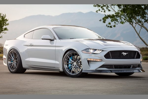 2019 Ford Mustang Lithium