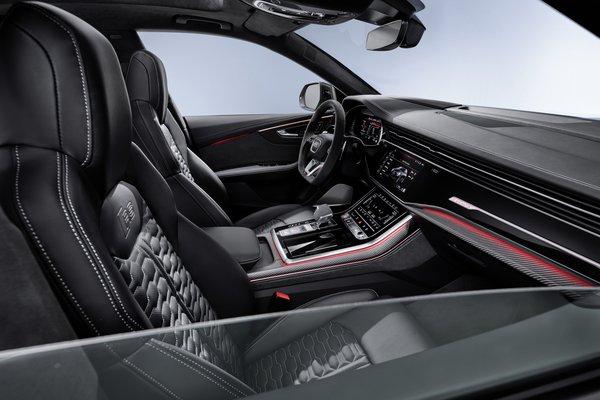 2020 Audi RS Q8 Interior
