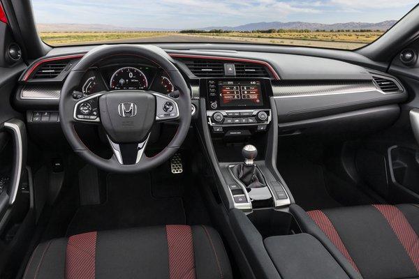 2020 Honda Civic coupe Interior