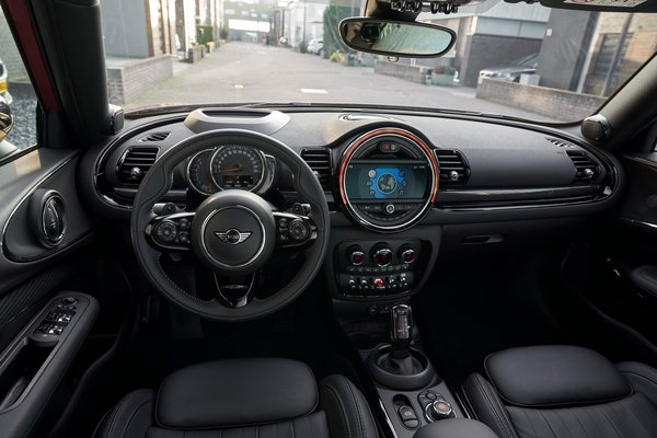 2020 Mini Clubman Interior