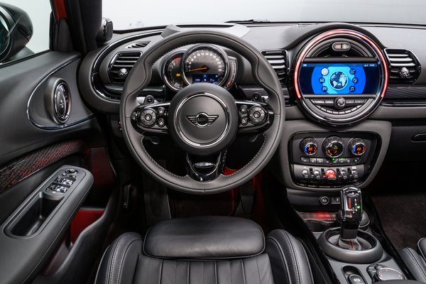 2020 Mini Clubman Instrumentation