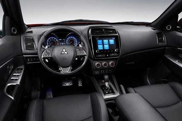 2020 Mitsubishi Outlander Sport Interior