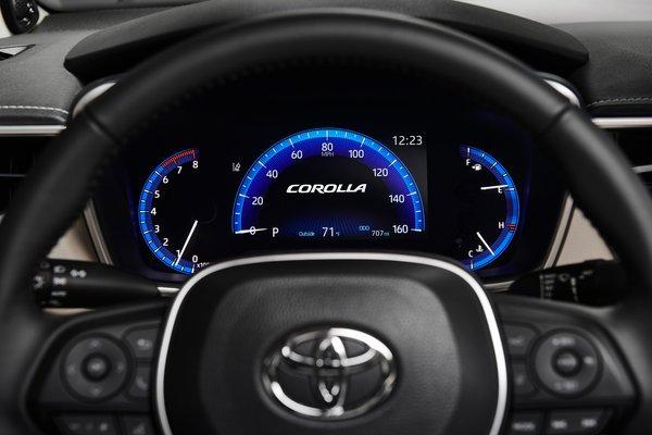 2020 Toyota Corolla sedan Instrumentation