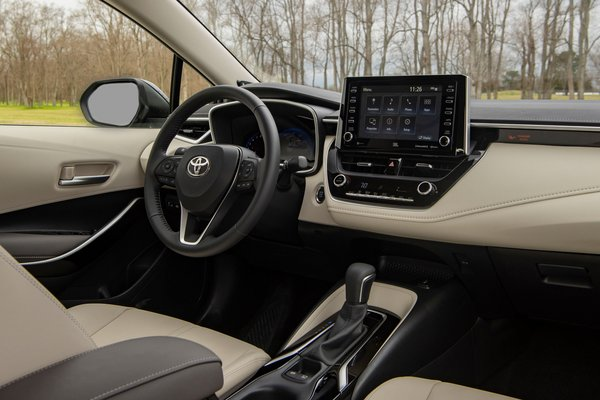 2020 Toyota Corolla XLE sedan Interior