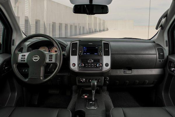 2020 Nissan Frontier Crew Cab Instrumentation