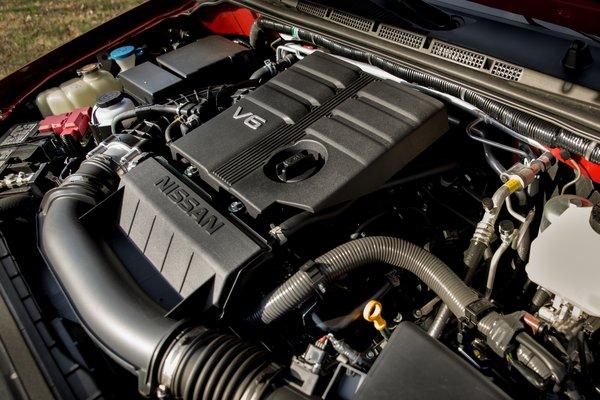 2020 Nissan Frontier Crew Cab Engine