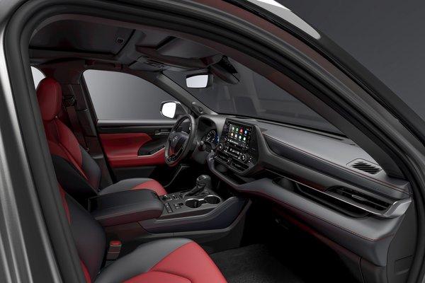 2021 Toyota Highlander XSE Interior
