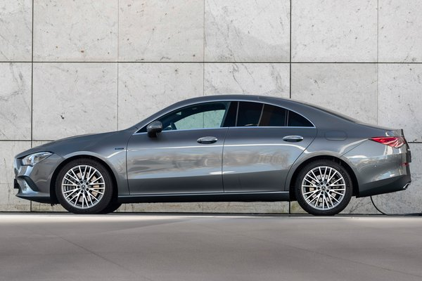 2021 Mercedes-Benz CLA 250e PHEV Coupe