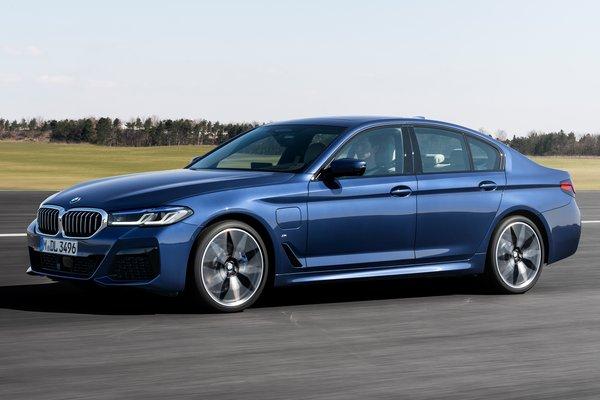 2021 BMW 5-Series 530e sedan