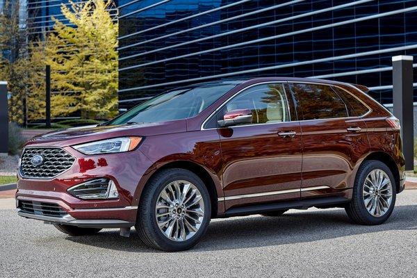 2021 Ford Edge Titanium Elite