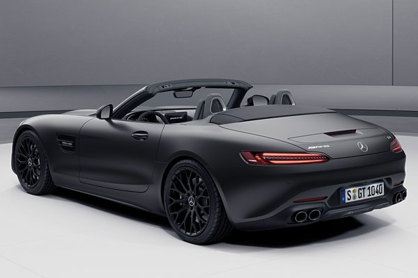 2021 Mercedes-Benz AMG GT Roadster Stealth Edition