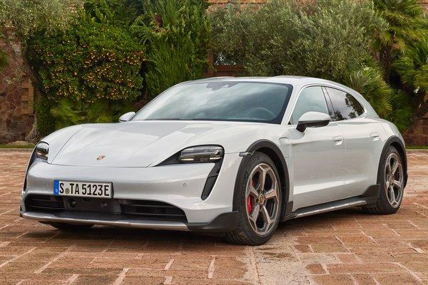 2021 Porsche Taycan Cross Turismo 4S