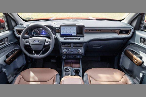 2022 Ford Maverick Lariat Interior