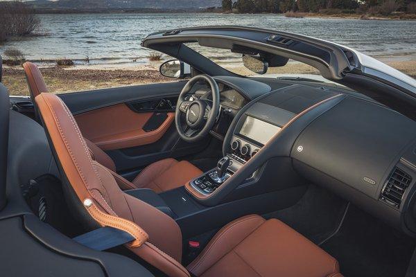 2022 Jaguar F-Type P450 Convertible Interior