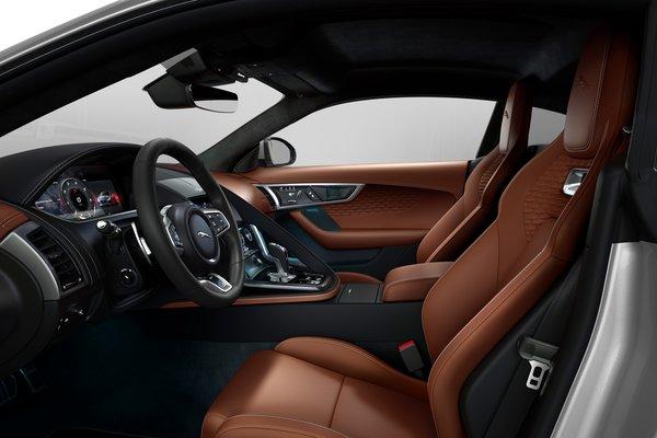 2022 Jaguar F-Type P450 R-Dynamic coupe Interior